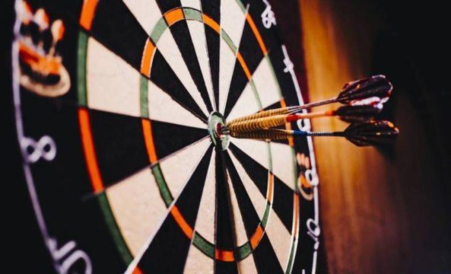 Hướng dẫn luật chơi cá cược Ném Phi Tiêu trực tuyến trong nhà